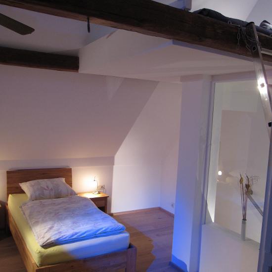 Wolf-Gäste Apartments Weiterstadt c380dd0f053d171d56537ee189d9959f ...